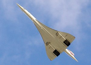 Concorde's final flight, from Heathrow to Bristol, on 26/11/03.