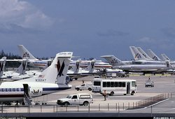 American Airlines and American Eagle aircraft at San Juan