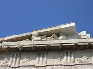 Only a few sculptures remain on the Parthenon.